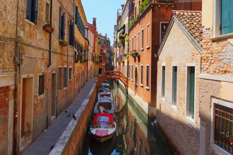 Bucket List: 14 Must-Do Activities in Venice, Italy