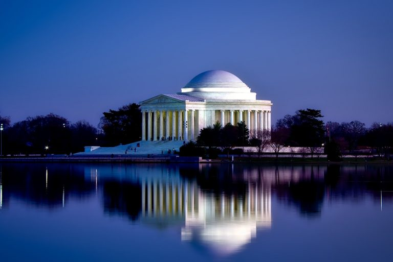 Washington DC like a Local: 12 Things to Do for First Timers